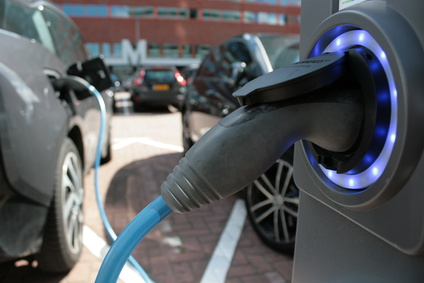 Electric/Hybrid cars as well as normal ones are sources of electrosmog. The charging stations also send out large amount of electric impulses. Photo: Fotolia.de